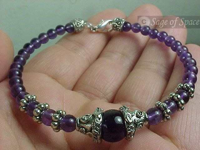Dream Bracelet for Astral Projection and Lucid Dreaming in Amethyst Quartz Crystal. Comes with Instructions!